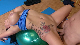 Big titted Sienna having Yoga Lessons