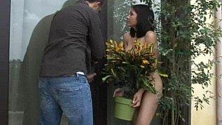 Her neighbor is around to help!