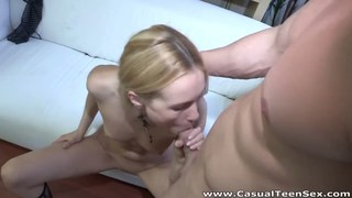 Blonde fucked by a pickuper