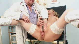 Blond granny squirting during a gyno checkup