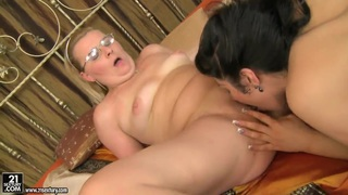 Milf Madeline licks young babe Patricia Dream