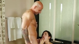 Lucky stud bangs his gorgeous big stacked masseur