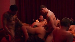 Swingers swap partners and enjoyed orgy