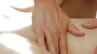 Big boobs babe screwed by her masseur on massage table